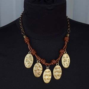 New Treska Necklace Leather looking